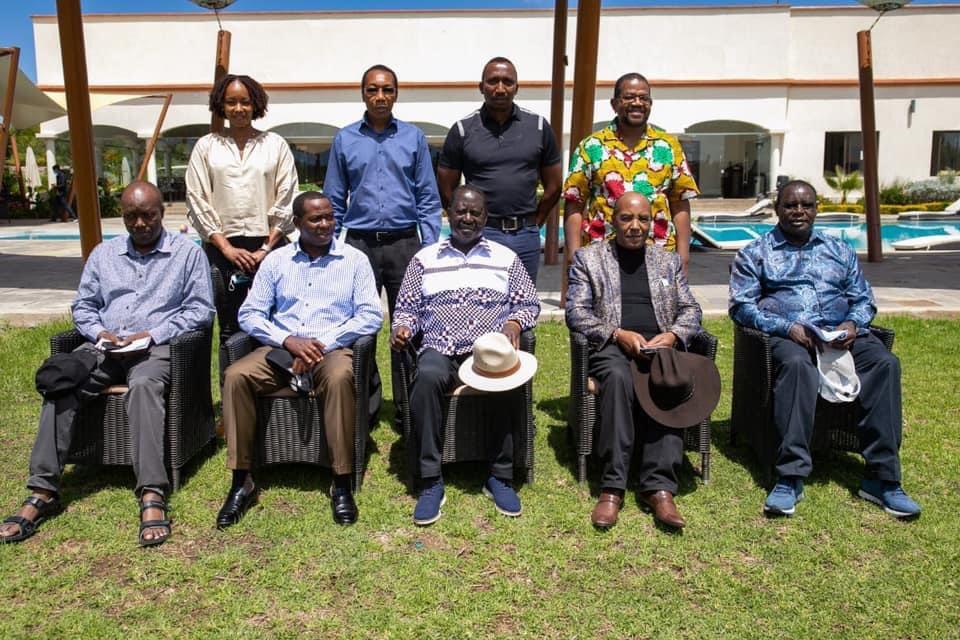 Mucheemanio jwa Raila Odinga na mangabana ba kaunti cia Mt.Kenya