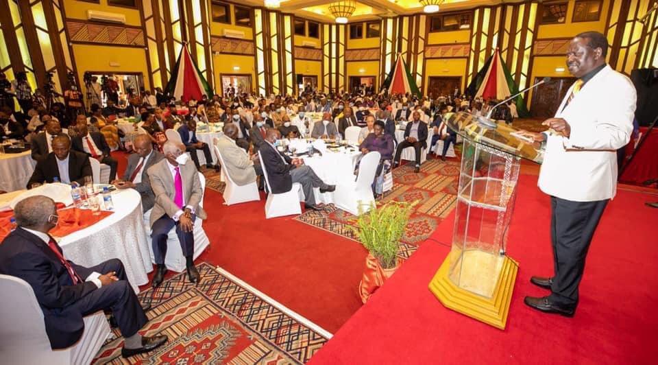 Muceemanio jwa Raila Odinga na Mt.Kenya Foundation.